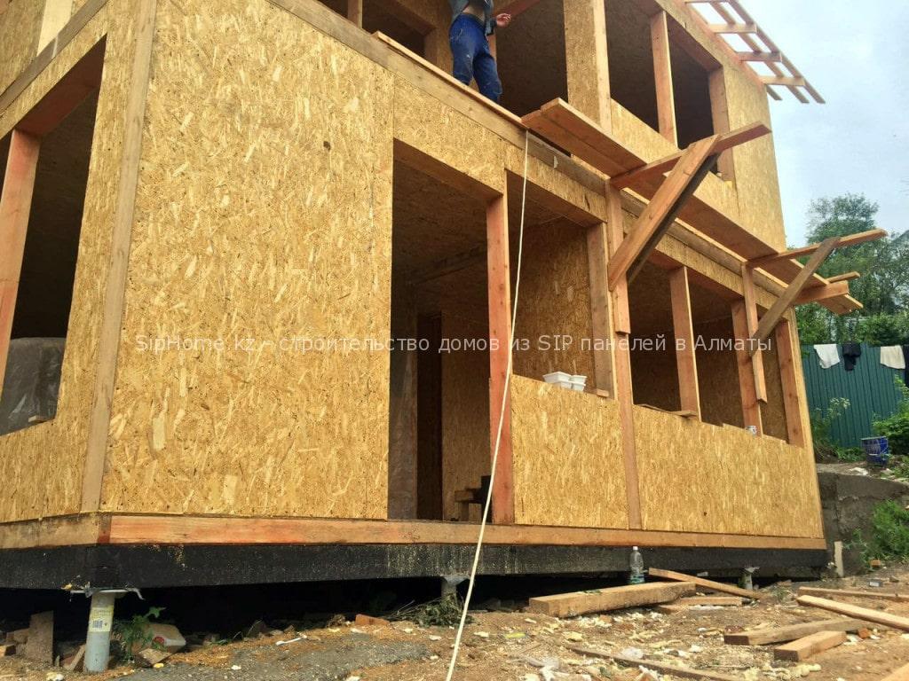 Фотоотчет со стройки дома 2 уровня из SIP панелей (Июль 2016 г)