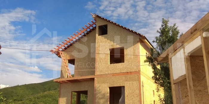 Строительство двухэтажного дома площадью 130 квадратных метров из СИП панелей в С/О Алма (объект СДАН)